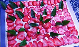 Tradiční italské jahodové tiramisu