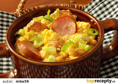 Fazole s vejci a klobásou