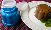 Jogurtové želé bábovičky s višněmi