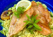 Kuřecí plátky s citronovou verbenou a máslovou kari rýží