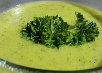 Krémová cuketová polévka (bez tuku)