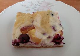 Vláčný koláč s borůvkami