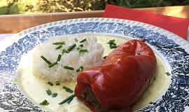 Plněné papriky ve smetanové omáčce s křenem