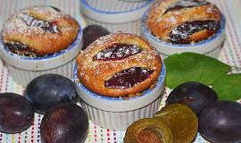 Rumové muffiny se švestkami