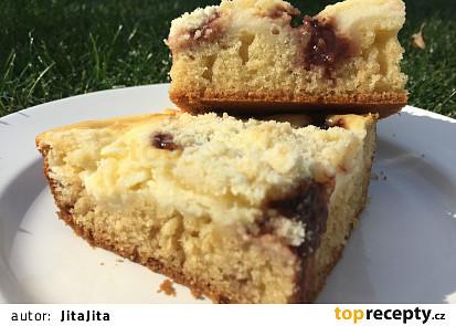 Drobenkový koláč s tvarohem a povidly