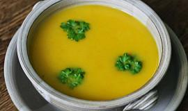 Dýňová polévka veganská