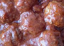 Mleté masové kuličky v rajčatové omáčce