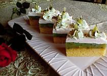 Pistáciové kiwi řezy