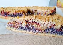 Švestkový koláč s mákem bezlepkový