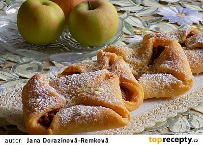 Sladké šátečky plněné dušenými jablky