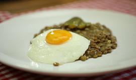 Čočka nakyselo s vejcem