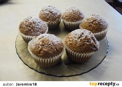 Jablečné muffinky s ořechy