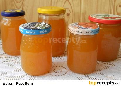 Pomerančová marmeláda s grepem a rumem