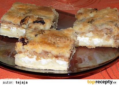 Sypaný tvarohovo-jablečný koláč