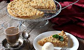 Jablečný koláč s drobenkou z krupice