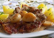 Kuřecí steak na česneku, tymiánu a medu