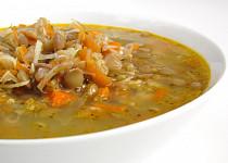 Podzimní čočková polévka s křenem