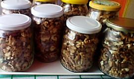 Zavařené ořechy