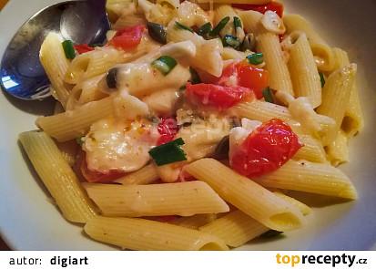 Cheese těstoviny s rajčaty a kapary