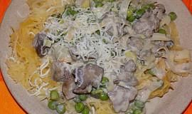 Špagetová dýně s kuřecími játry