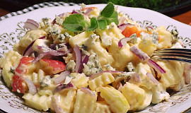 Sýrový salát s jablky