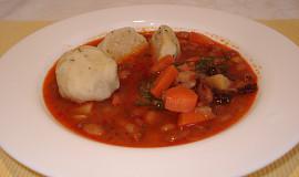 Fazolová polévka s haluškami- vyprošťovák