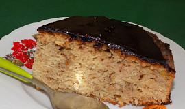 Jablečný koláč s kakaovou polevou