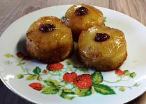 Karamelové muffinky s ananasem