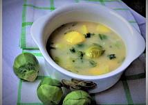 Kmínová polévka s bramborem a růžičkovou kapustou