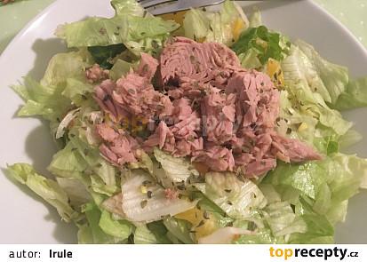 Salát s tuňákem a pomerančem