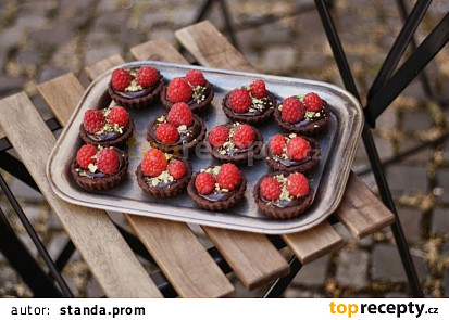 Čokoládové tartaletky s malinami