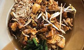 Pad Thai (thajské národní jídlo)
