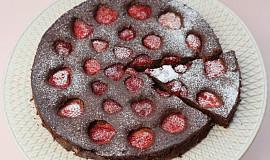 Čokoládový koláč s jahodami (bez mouky)