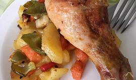 Kuře nebo králík na zelenině