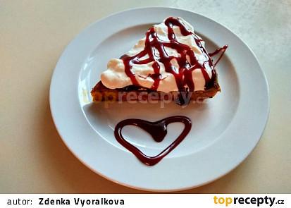 Mrkvovo-avokádový koláč bez mouky
