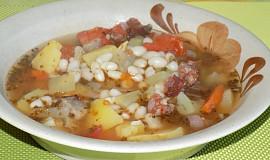 Srbská fazolová polévka
