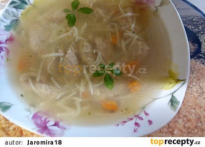 Uzená nudlová polévka s knedlíčky