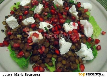 Čočkový salát s kozím sýrem