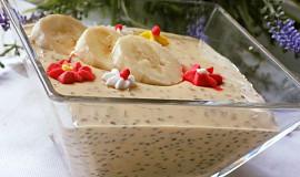 Domácí karamelový jogurt s chia semínky