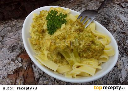 Smetanová kari brokolice