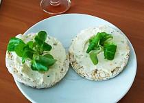Tvarohovo-sýrová pomazánka s bylinkami