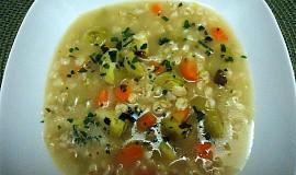 Vločková polévka s růžičkovou kapustou
