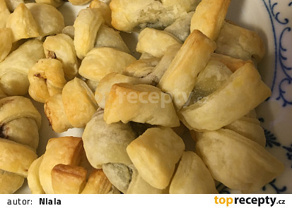 Kolečka z listového těsta s nutellou