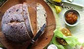 Máslový tradiční mazanec