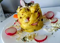Pečené šťouchané brambory s ředkvičkami