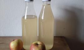 Jablečný sirup jen z jablek