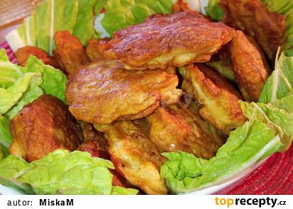 Kuřecí placičky v cibulovo - šunkovém těstíčku