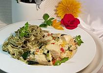 Cuketovo-kuřecí směs a italské těstoviny s medvědím česnekem