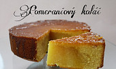 Pomerančový koláč se sirupem z pomerančové šťávy