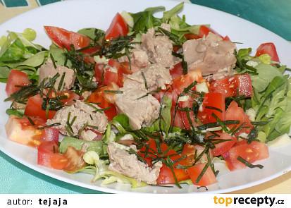 Salát s tresčími játry